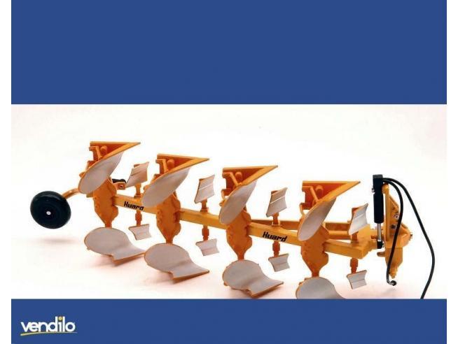 Replicagri REPLI056 ARATRO TETRAVOMERE VOLTAORECCHIO HUARD QR65 1:32 Modellino