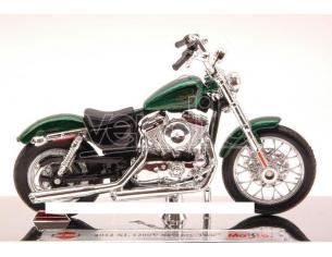 Maisto MI13078 HARLEY DAVIDSON XL 1200V SEVENTY-TWO 2012 METALLIC GREEN 1:18 Modellino