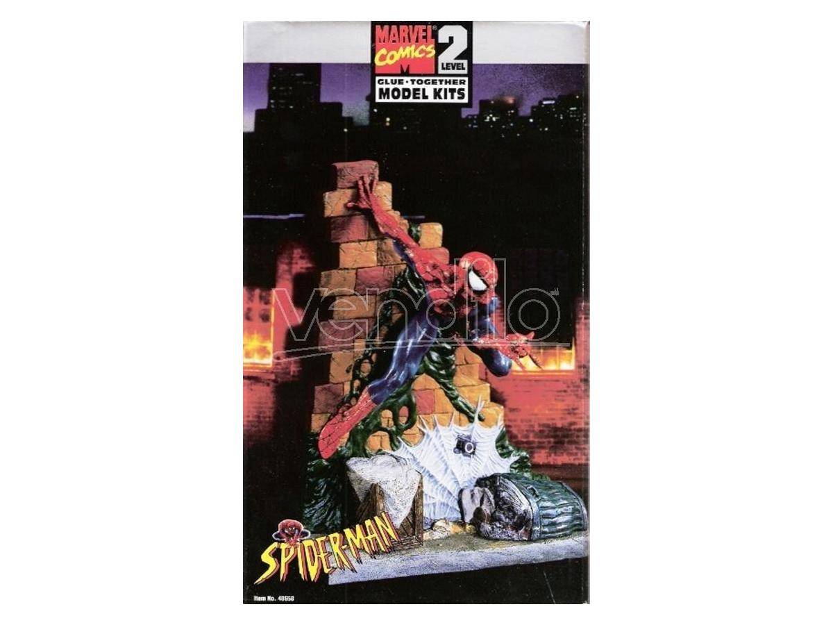 Marvel Comics Spider-Man Glue Together Level 2 Model Kit SCATOLA ROVINATA