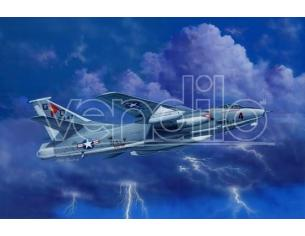 Trumpeter TP2873 AEREO ERA-3B SKYWARRIOR STRATEGIC BOMBER KIT 1:48 Modellino