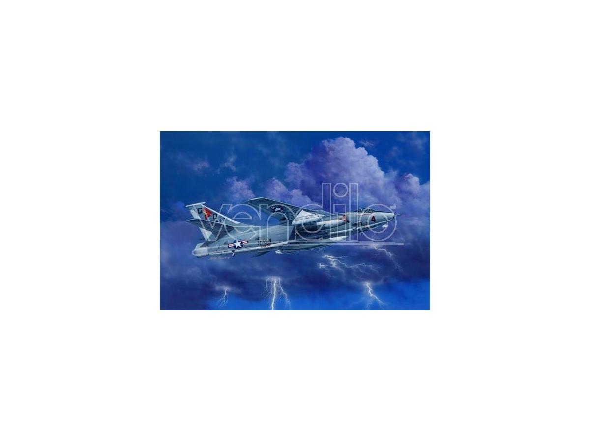 Trumpeter TP2873 AEREO ERA-3B SKYWARRIOR STRATEGIC BOMBER KIT 1:48 Modellino
