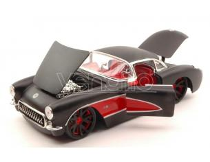 Jada JADA96806BKR CHEVY CORVETTE 1957 BLACK W/RED WHEELS 1:24 Modellino