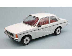 Triple 9 T9-1800120 OPEL KADETT C2 2 DOOR 1977 WHITE 1:18 Modellino