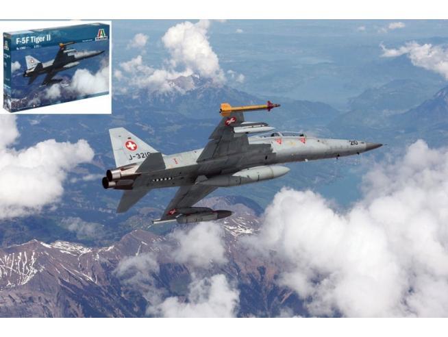 Italeri IT1382 F - 5 F TIGER II KIT 1:72 Modellino