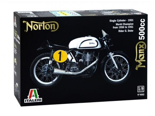 Italeri IT4602 NORTON MANX 500cc KIT 1:9 Modellino