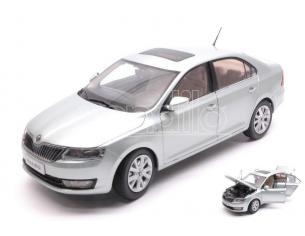 Paudi Model PD2311CY SKODA RAPID 2013 LIGHT BLUE MET.1:18 Modellino