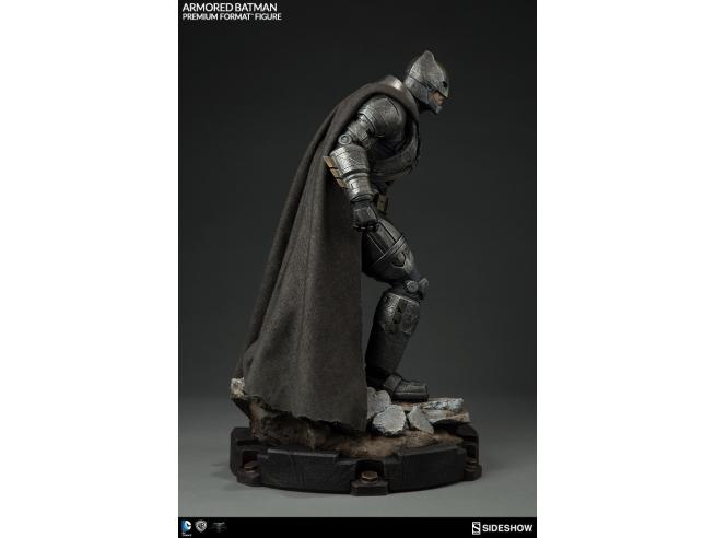 SIDESHOW TOYS BATMAN V SUPERMAN ARMOR BATMAN PREM FORM STATUA