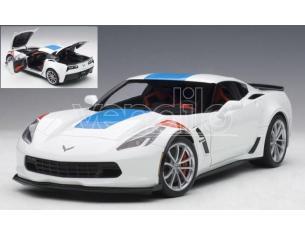 Auto Art / Gateway AA71271 CHEVROLET CORVETTE C7 GRAND SPORT ARCTIC WHITE/BLUE STRIPES 1:18 Modellino