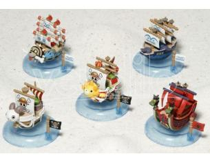 MEGAHOUSE ONE PIECE  YURAYURA PIRATE SHIP DISP (6) MINI FIGURA