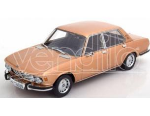 BOS MODEL BOS349 BMW 2500 (E3) GOLD 1:18 Modellino
