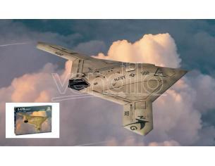Italeri IT1421 X-47B KIT 1:72 Modellino
