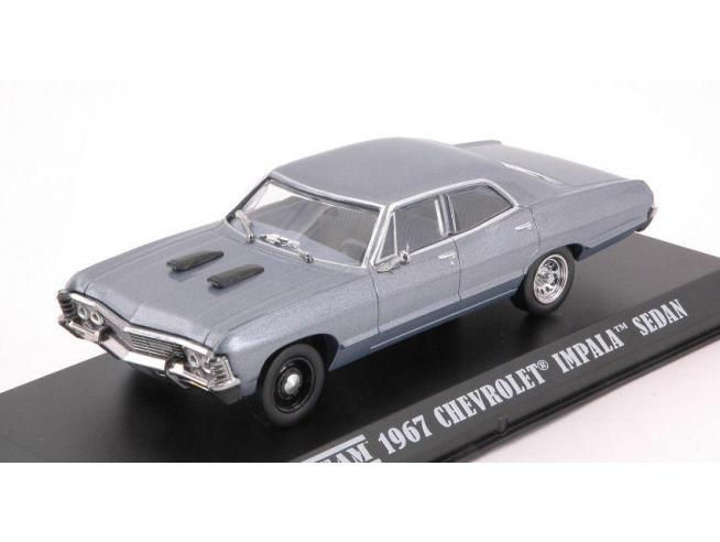 Greenlight GREEN86527 CHEVROLET IMPALA SPORT SEDAN 1967 THE A TEAM 1983-87 SERIES GREY 1:43 Modellino