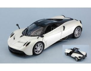 Welly WE24088W PAGANI HUAYRA 2017 WHITE 1:24 Modellino