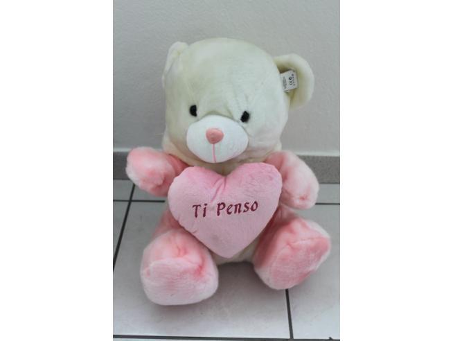 Peticoco - Peluche Orso bianco con cappuccio bianco rosa e cuore 40cm