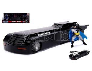 Jada JADA30916 BATMOBILE W/BATMAN FIGURE ANIMATED TV SERIES 1:24 Modellino