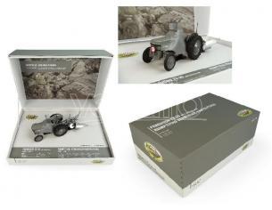 Universal Hobbies UH5364 COFANETTO FERGUSON TEA 20 + ARATRO 1:32 Modellino