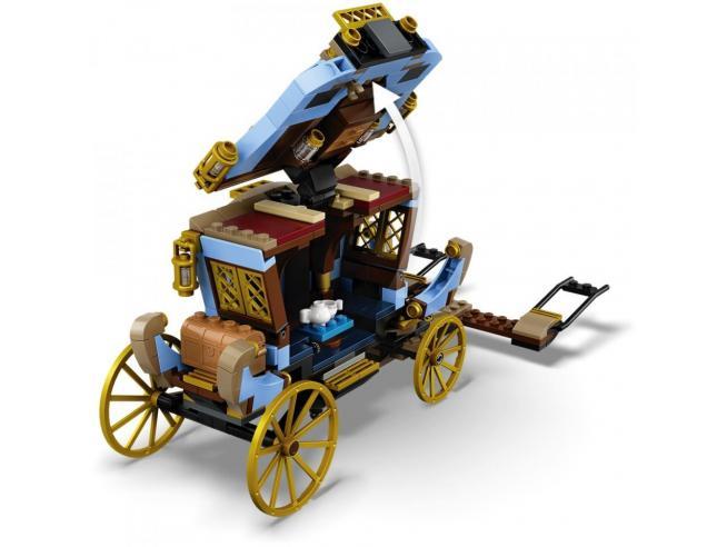 LEGO HARRY POTTER 75958 -  LA CARROZZA DI BEAUXBATONS: ARRIVO A HOGWARTS