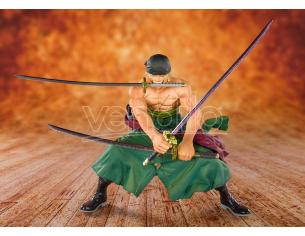 BANDAI ONE PIECE ZERO PIRATE HUNTER ZORO FIGURA