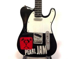 VARI MINI GUITAR PEARL JAM TRIBUTE REPLICA