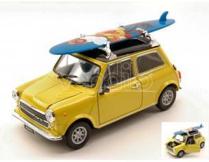 Welly WE4962Y MINI COOPER 1300 W/SURFBOARD 1973 YELLOW W/BLACK ROOF 1:24 Modellino