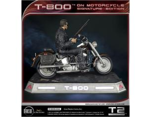 DARKSIDE COLLECTIBLES STUDIO T-800 ON MOTORCYCLE LTD SIGN ED. STATUA