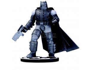 DC DIRECT BATMAN B&W ARMORED BATMAN BY F.MILLER ST STATUA