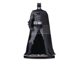DC DIRECT BATMAN BLACK & WHITE VER 3 BY JIM LEE ST STATUA
