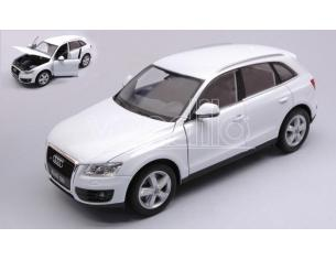 Welly WE22518W AUDI Q 5 2008 WHITE 1:24 Modellino