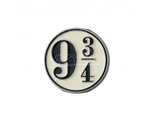 CARAT HP PLATFORM 9 3/4 PIN BADGE SPILLA