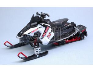 NEW RAY NY57783W POLARIS 800 SWITCHBACK PRO-X SNOWMOBILE WHITE 1:16 Modellino