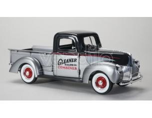 SPECCAST SPEC64131 FORD PICK UP 1940 GLEANER 1:25 Modellino