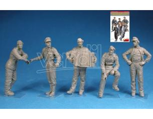 MINIART MIN35275 GERMAN TANK CREW (NORMANDY 1944) KIT 1:35 Modellino