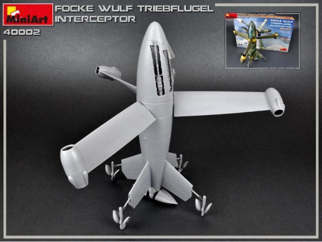MINIART MIN40002 FOCKE-WULF TRIEBFLUGEL INTERCEPTOR KIT 1:35 Modellino