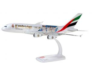 HERPA HP612142 AIRBUS A380 EMIRATES REAL MADRID 1:250 Modellino