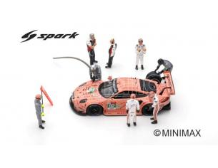 SPARK MODEL S43AC013 FIGURINE SET PORSCHE GT TEAM 24 H LE MANS 2018 CAR IS NOT INCLUDED 1:43 Modellino