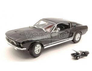 Maisto MI31166BK FORD MUSTANG GTA FASTBACK 1967 BLACK 1:18 Modellino