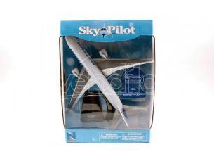 NEW RAY NY20673B SKYPILOT PASSENGERS PLANES BOEING 777-200 cm 26 SCALA 1:240 Modellino