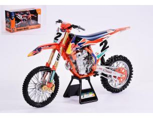 NEW RAY NY49683 RED BULL KTM 450 SX-F N.2 FACTORY RACING TEAM COOPER WEBB 2019 1:6 Modellino