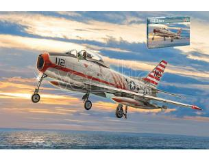 ITALERI IT2811 NORTH AMERICAN FJ-2/3 FURY KIT 1:48 Modellino