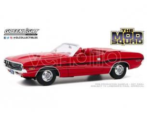 The Mod Squad Diecast Model 1/18 1970 Dodge Challenger R/T Convertible Greenlight Collectibles