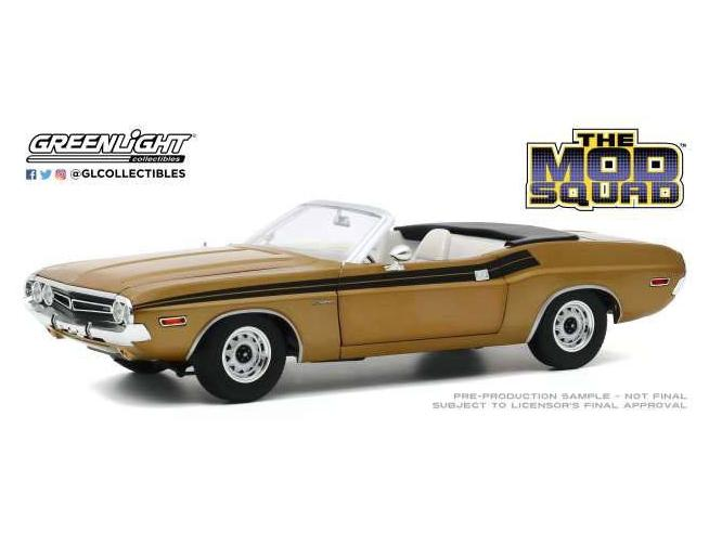 The Mod Squad Diecast Model 1/18 1971 Dodge Challenger 340 Convertible Greenlight Collectibles