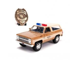Stranger Things Diecast Model 1/24 Chief Hopper's 1980 Chevy K5 Blazer Con Badge Jada Toys