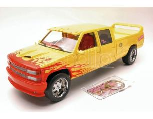 Greenlight Green19015 Chevrolet C-2500 1997 Kill Bill Pussy Wagon Yellow/pink W/portachiavi 1:18 Modellino