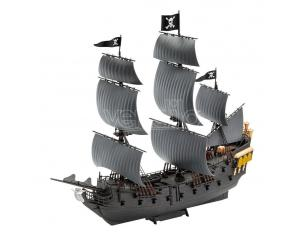 Pirates Of The Caribbean Dead Men Tell No Tales Easy-Click Model Kit 1/150 Black Pearl 26 Cm Revell