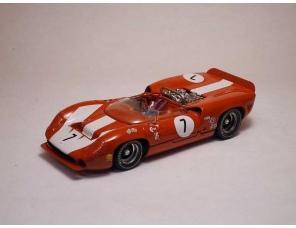 Best Model BT9176 LOLA T70 SPYDER N.7 WINNER CAN-AM RIVERSIDE 1966 J.SURTEES 1:43 Modellino