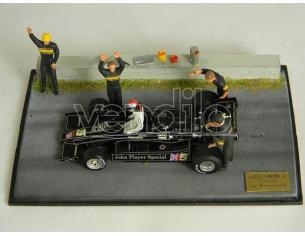 Microworld BE12 DIORAMA F1 LOTUS ANDRETTI 1978 WINNER + 6 figure Modellino