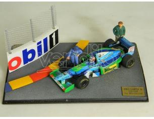 Microworld BE14 DIORAMA F1 BENETTON WINNER M.S.'94 + Modellino